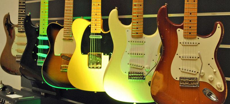 Custom-Gitarren von Fender und Gibson - Die Wiederkehr einer alten ...