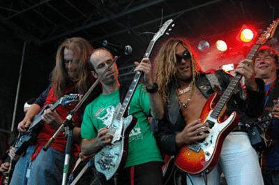 E- Gitarre lernen um zum Rocken auf der Bühne