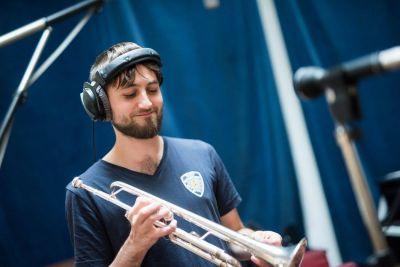 Trompete lernen mit Tobi Till Krüger