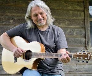 Akustik Gitarre lernen mit Bernhard Galler
